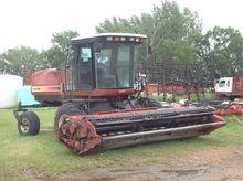 2002 Hesston 8250S