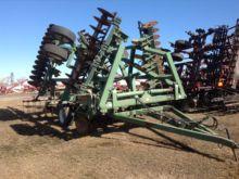 2004 Wishek Steel 842NT