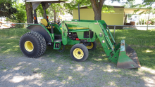 2003 JD 5220 Tractor