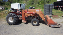 MF 265 Orchard Tractor w/Quick