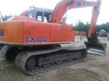 Hitachi EX 135, loaders and dig