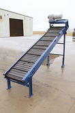 Incline Conveyor with Hinged St