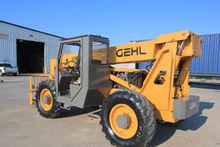Gehl Model 1083 (10,000 lbs) Ro
