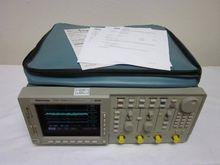 Tektronix TDS784D