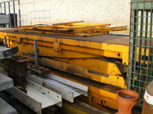 Used lift table . MI