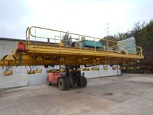Fimec crane with magnetic plate