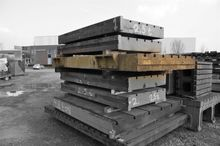 T-slot table 3800 x 1945 mm