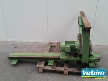 Middle cut saw