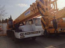 Tadano TL 300E truck crane