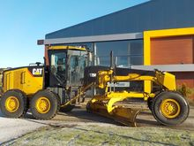 2011 Caterpillar 12M VHP Plus