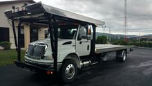 2008 International \ Navistar 4