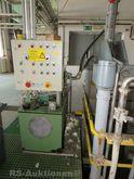 Flake press with hydraulic pres