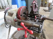External thread cutting machine
