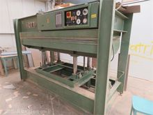 Veneer plate press OTT with 4 p