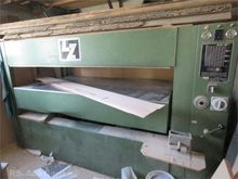Veneer plate press LANGZAUNER 2