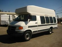 2002 Dodge 12 Passenger Bus