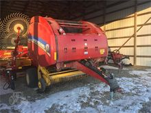 2014 NEW HOLLAND ROLL-BELT 560