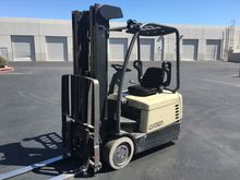 Used 2000 Crown SC40