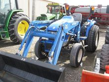 2009 New Holland BOOMER 3045