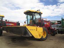 2013 New Holland H8080