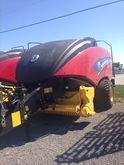 2014 New Holland BIG BALER 340S