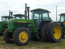 1990 John Deere 4955
