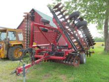 Used Case IH 340 in