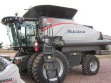 2014 Gleaner S68