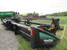 2013 MacDon Industries FD75