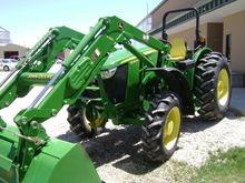 2015 John Deere 5085M