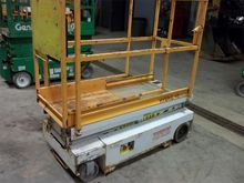 2005 Hy-Brid Lifts HB1030