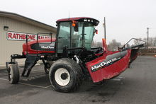 2008 MacDon Industries M200