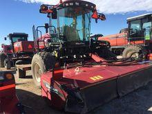 2014 MacDon Industries M205