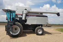 Used 2002 Gleaner R6