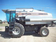 Used 1997 Gleaner R6
