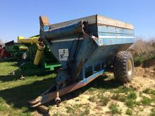 Used Kinze 400 in Hu