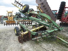Used John Deere 220