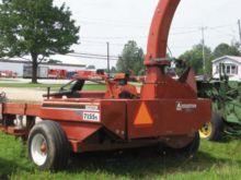 Hesston 7155S