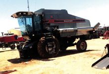1992 Gleaner R52