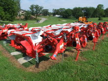 Used Kuhn GMD 240 in
