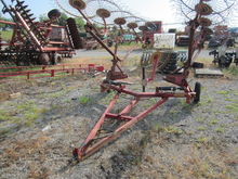 WALTON 10 wheel rake with kicke