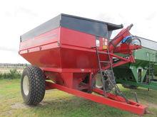 1993 United Farm Tools 750