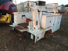 Used 2000 Maintainer
