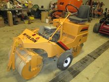 Used MAULDIN 1450 in