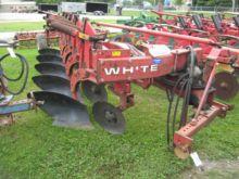 WHITE 598 Plow Vari-Width