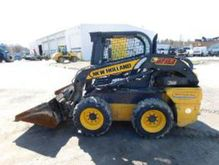 2013 New Holland L218