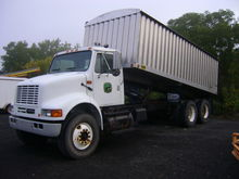 2003 International 8100