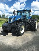 2010 New Holland T7070