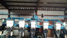 Used Kinze 3500 in D