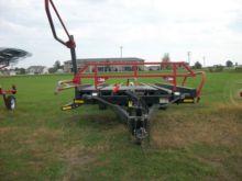 2013 Farm King 2400